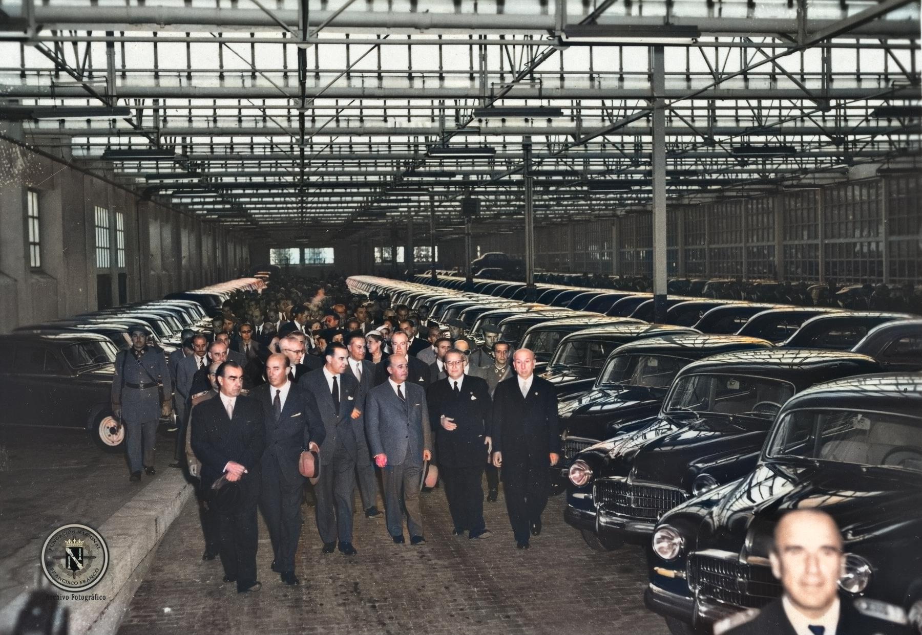 BARCELONA.SEAT.Inauguracion_oficial_fabrica_automoviles.5.10.1955