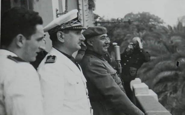 franco_la_coruna_1942